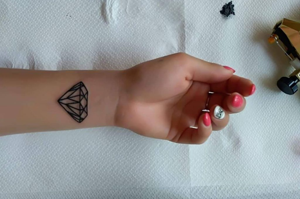 diamond tattoo designs for girls
