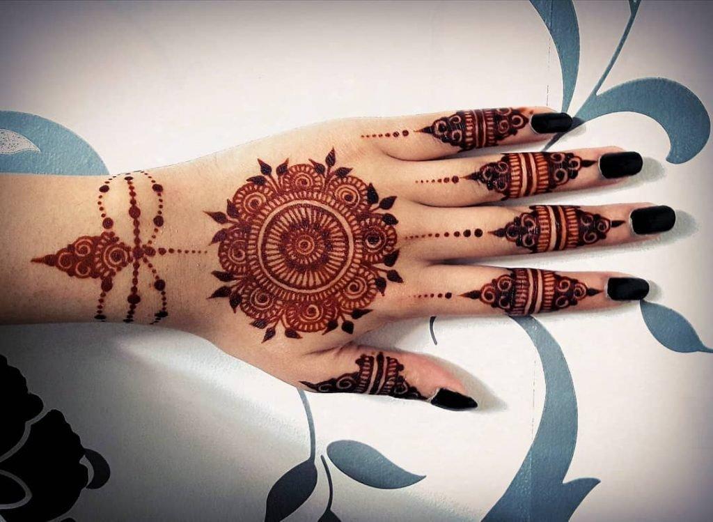 mandala mehndi design for wedding day